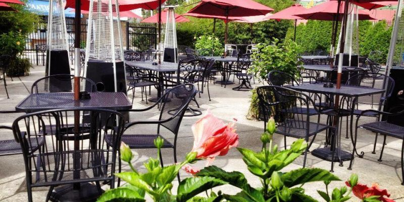 outdoor dining greensburg